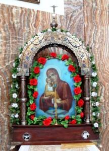 Храм Воскресения Христова, Уничов