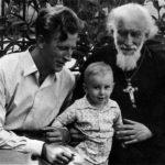 Август 1957 года. В Киеве с сыном Виктором и внуком Михаилом.